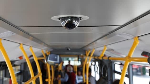 bus  kamera
